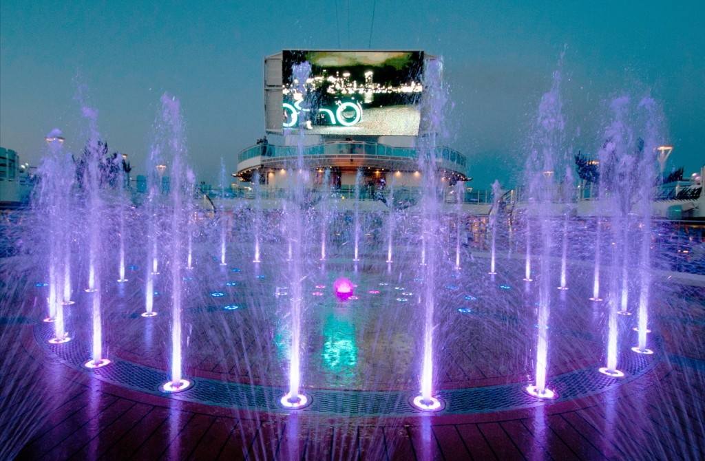 Dancing water fountains show off to music