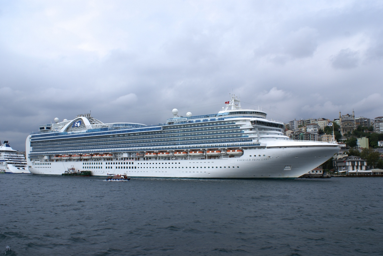 Emerald Princess will be based in Sydney waters for a few months this coming peak cruise season.