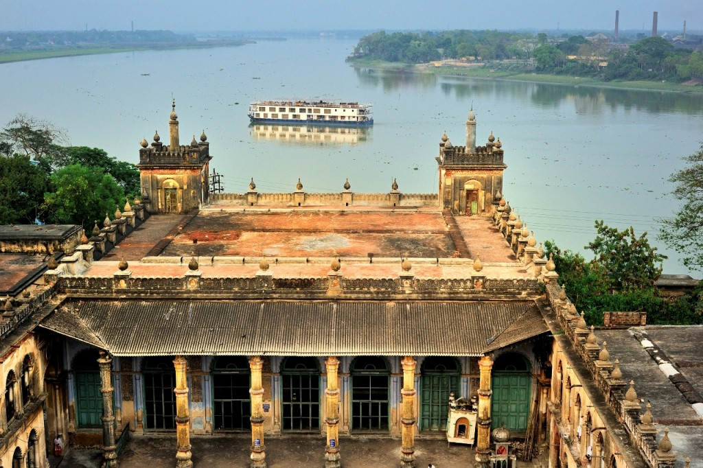 Two-for-one cruise fares available on the RV Rajmahal