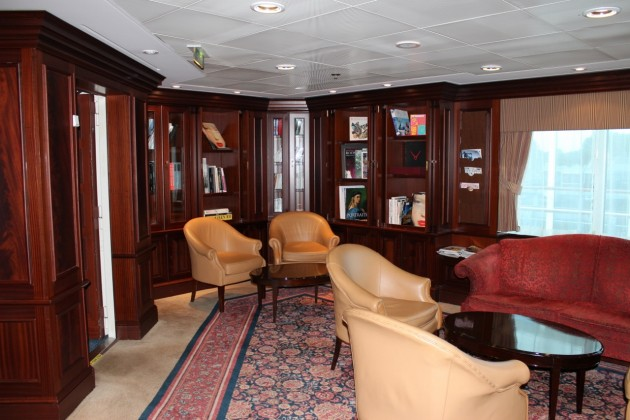 Azamara Quest offers a peaceful library area to enjoy.