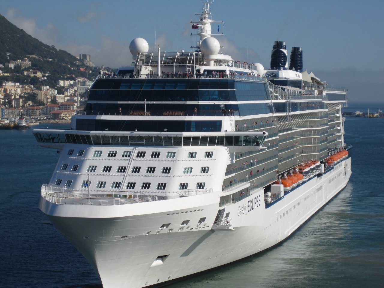 Tour the UK and Russia onboard the Celebrity Eclipse