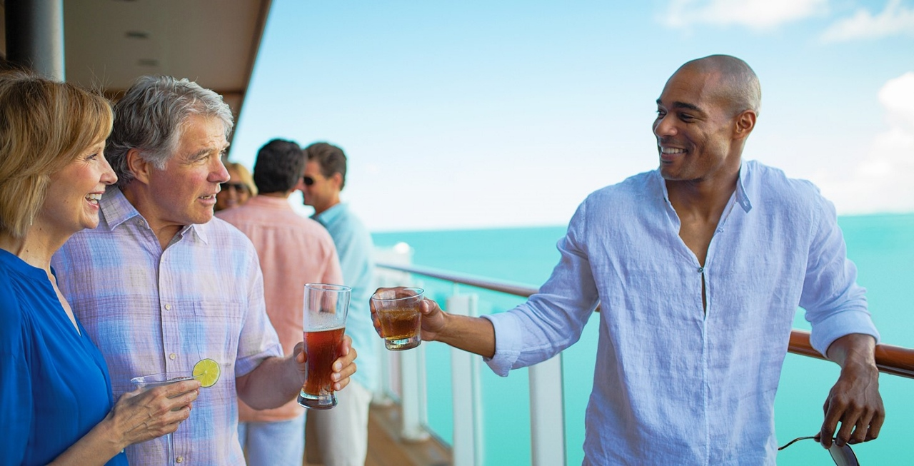 Norwegian Cruise Line hosts events on deck for guests to mingle