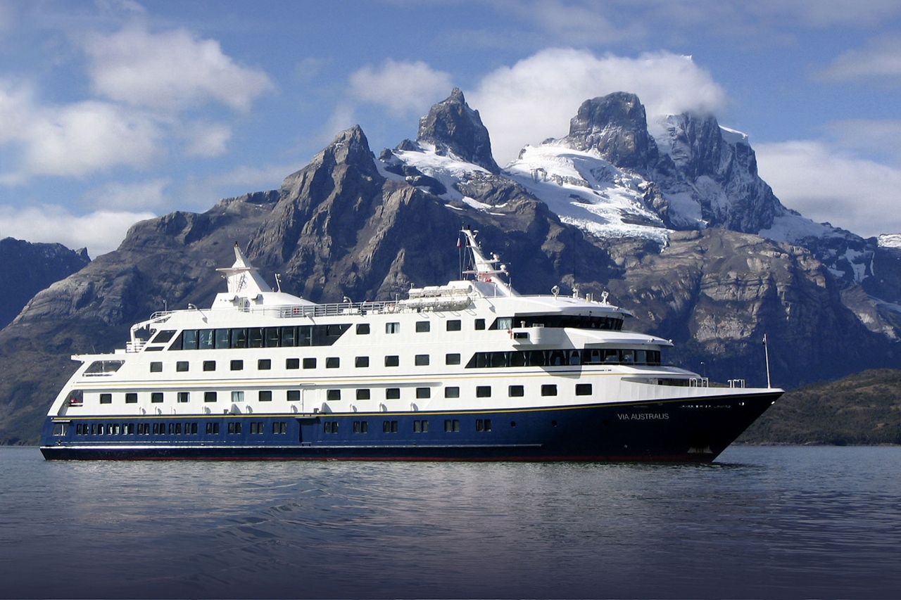 Via Australia to join Lindblad Expeditions fleet