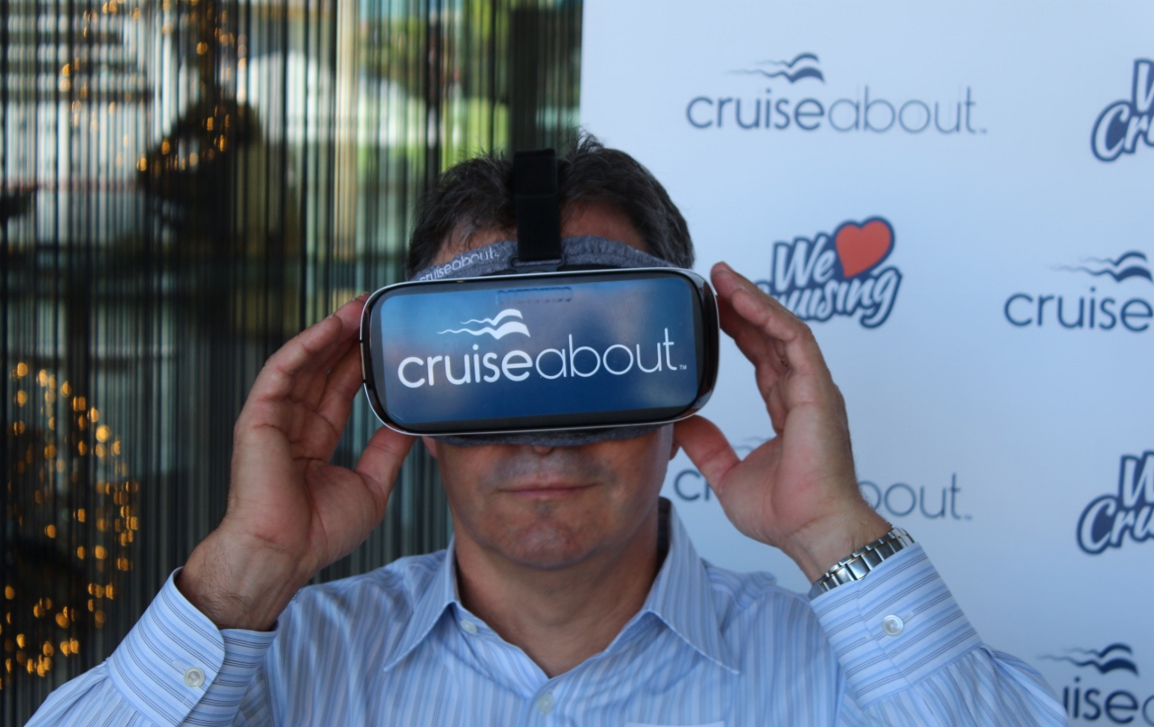 Cruise passenger explores a ship by virtual reality.