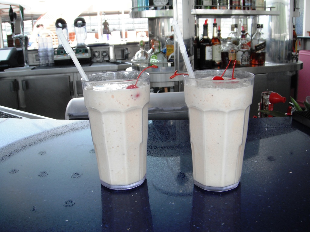 Banana Baileys Colada are among the premium drinks included in the Premium Drinks Package.
