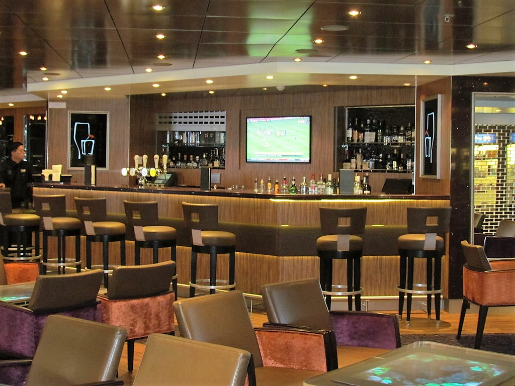 Different beverages are all available in one place at MIX Bar on MS Maasdam.