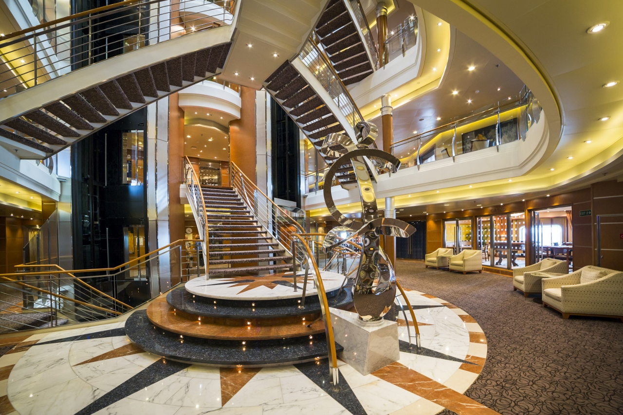 A very high standard of luxury awaits guests on Regent Seven Seas Cruises and Seven Seas Voyager.