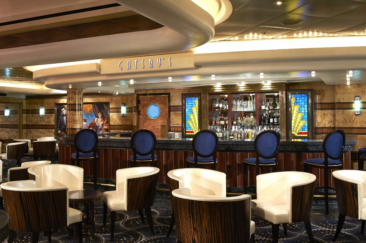 Norwegian Star features Gatsby's Champagne Bar.