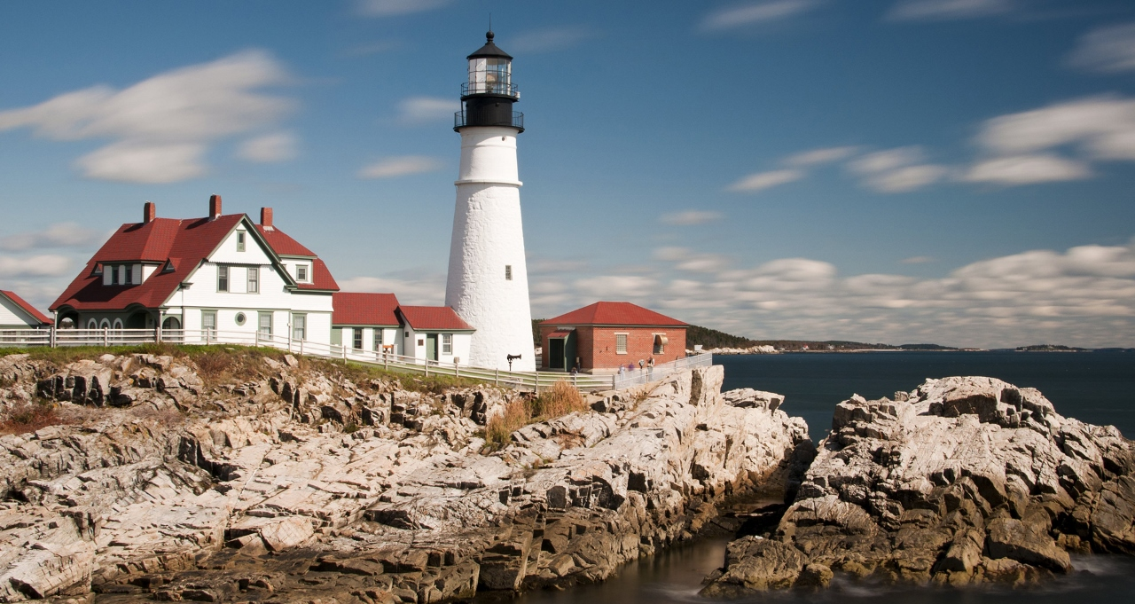 View the many lighthouses along the New England coast with Royal Caribbean.