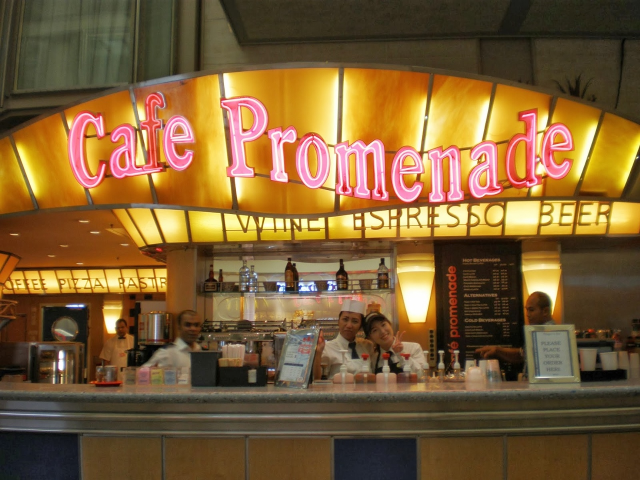 Cafe Promenade on Voyager of the Seas.
