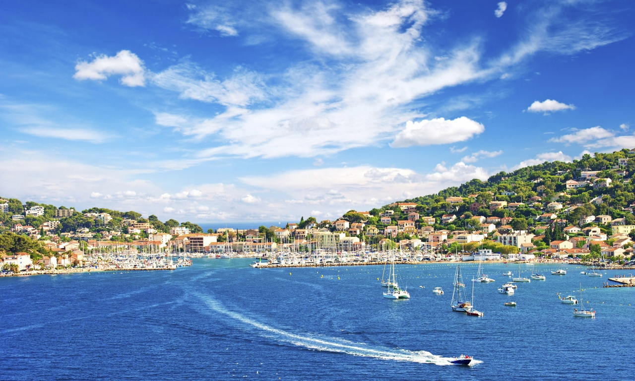 Lindblad Expeditions visits St Tropez on its European adventures.