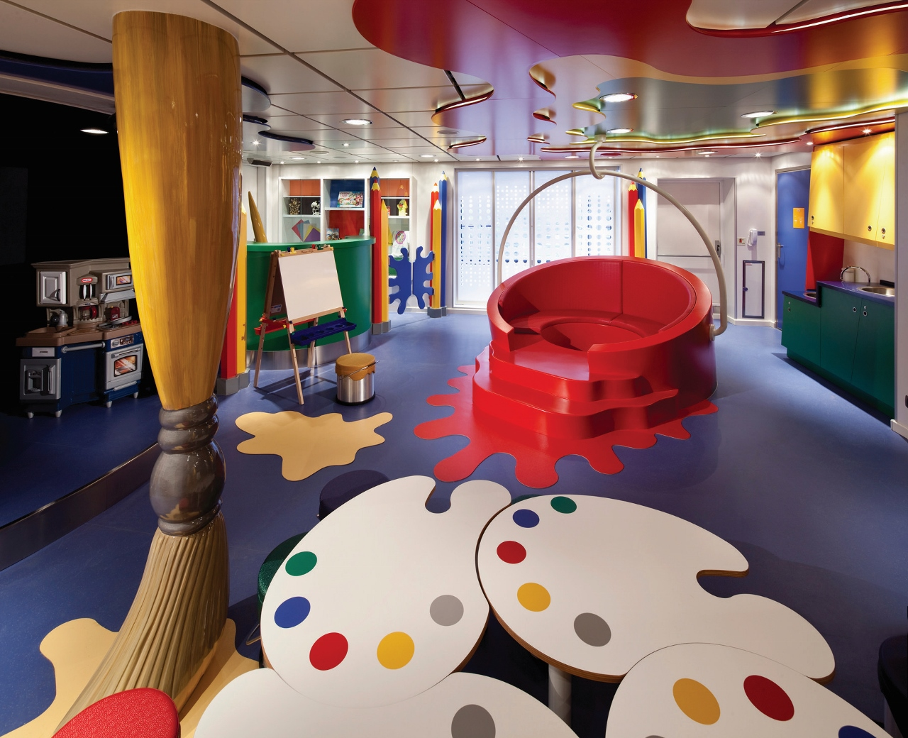 For a premium cruise brand, the dedicated Club HAL is well set up for children and grandchildren.