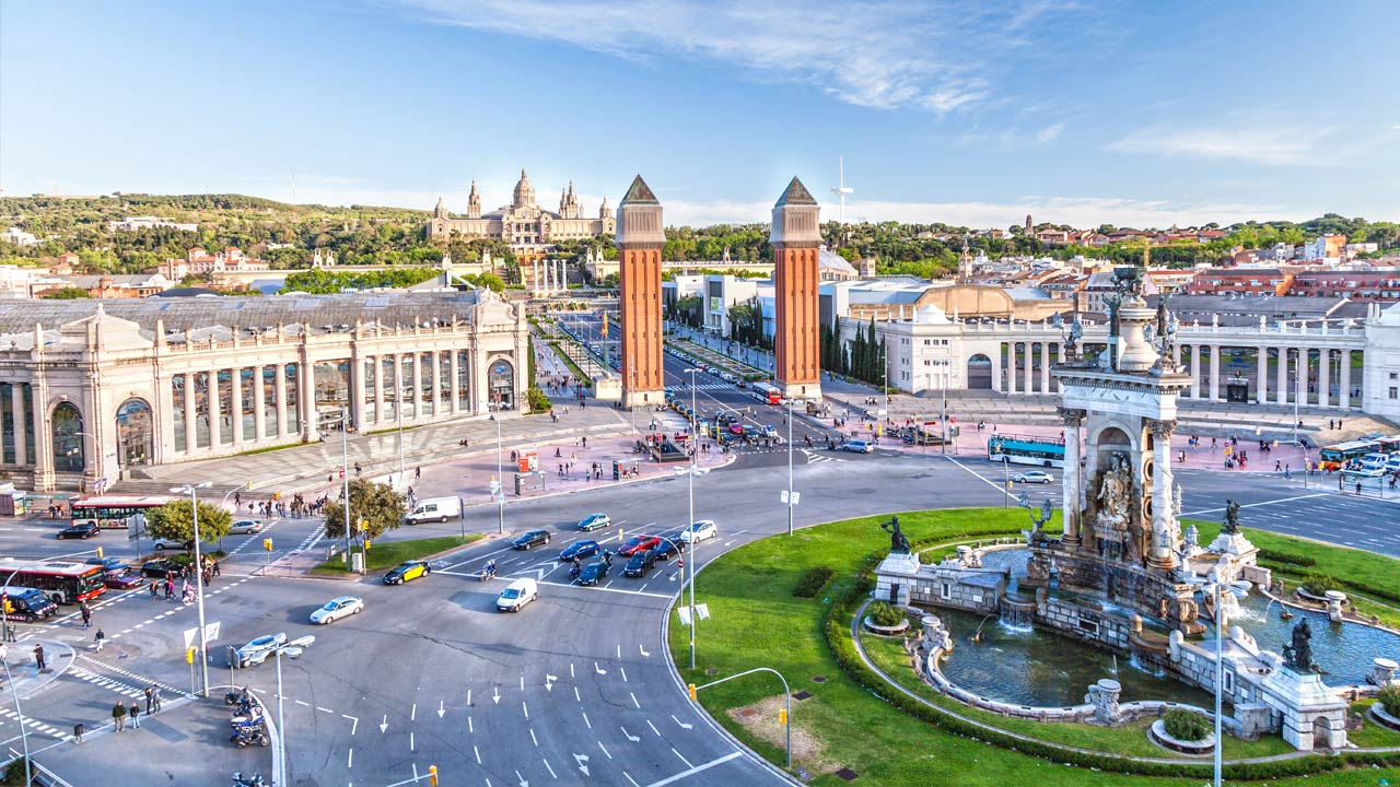 Barcelona is well laid out and offers plenty of hotels suited to all budgets.