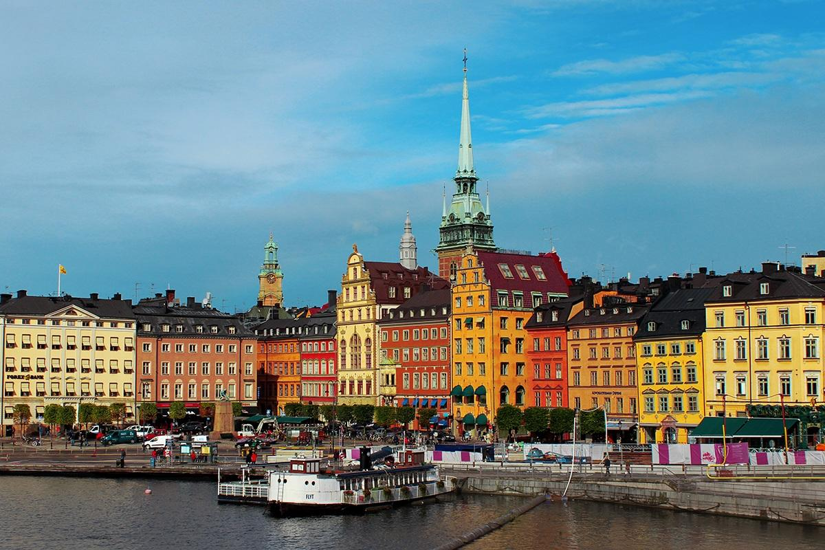 Stockholm is a historical starting point with numerous landmarks and attractions offering pre and post-cruise distractions.