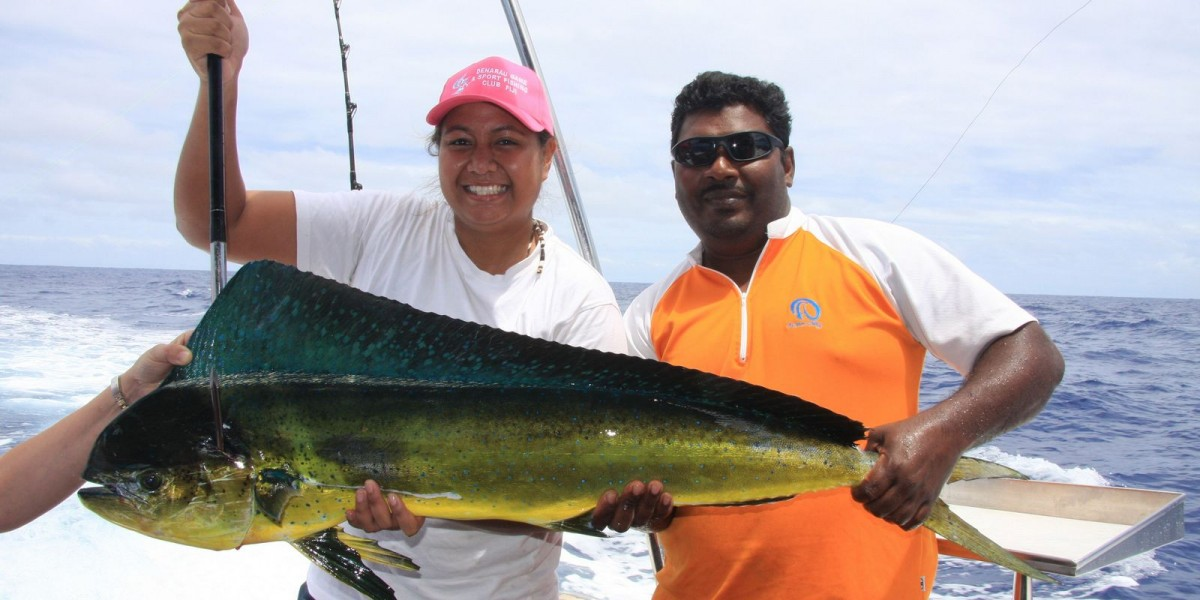 Giant fish encounters are common on fishing trips from Port Denarau.