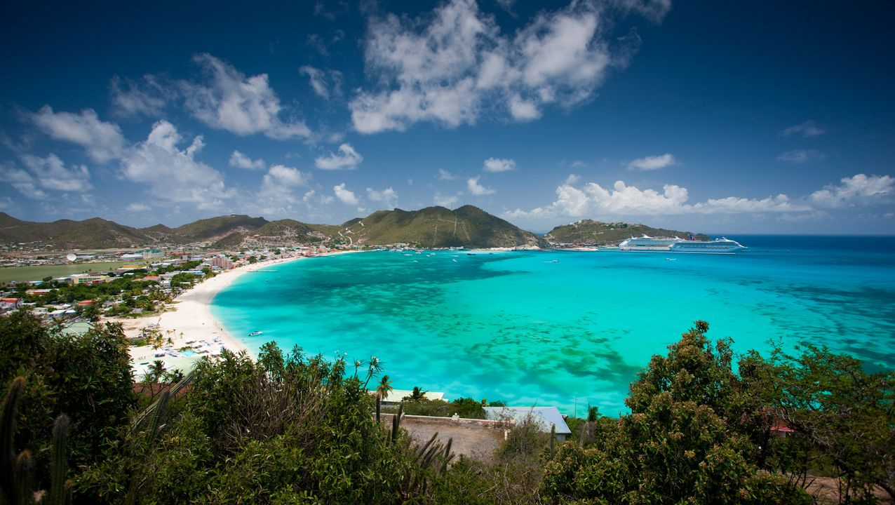 One of the many beautiful bays on the island of St. Maarten.
