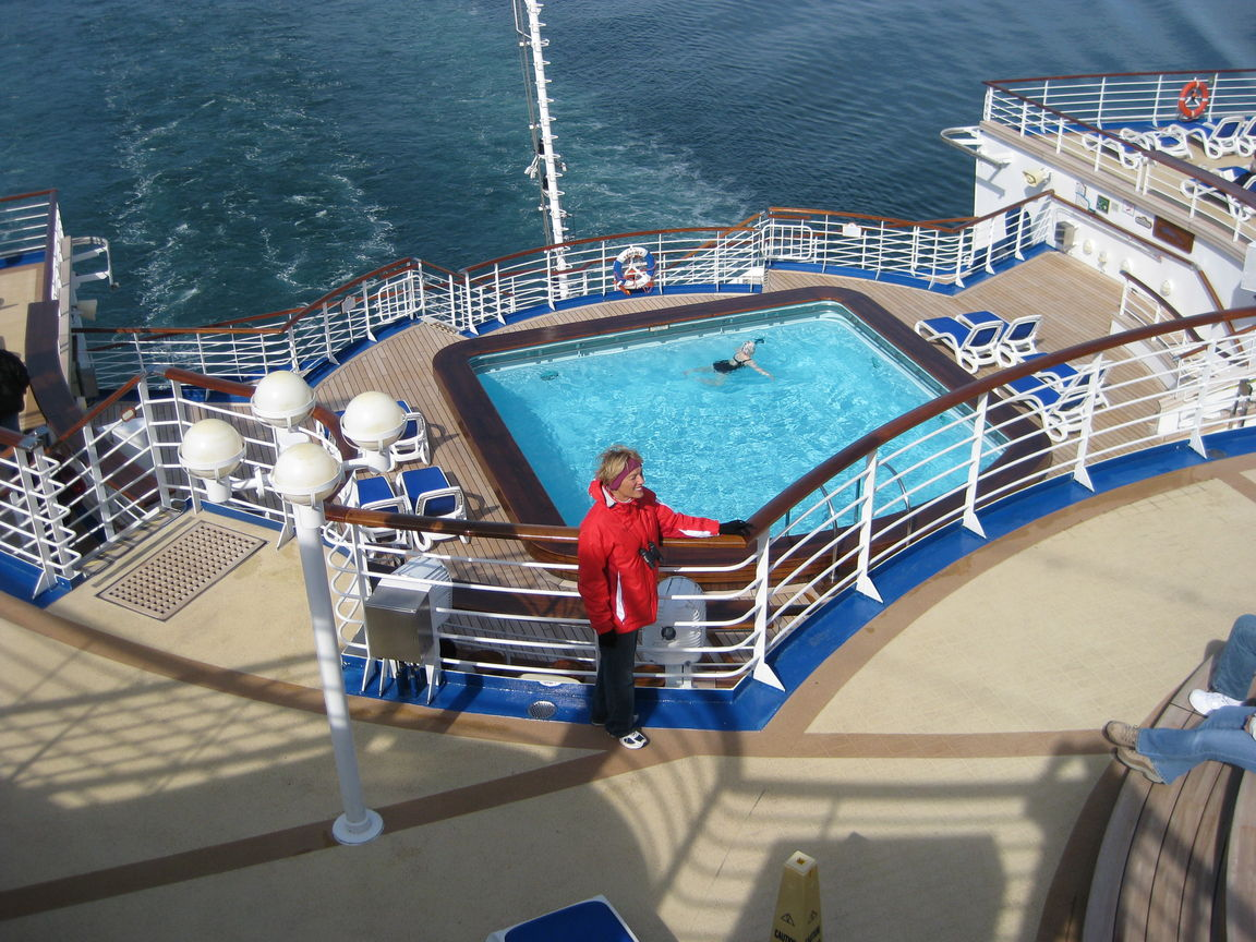 With Japanese travellers on Princess Cruises' Diamond Princess opting out of long days sunbaking, securing a seat at the pool will be easy.