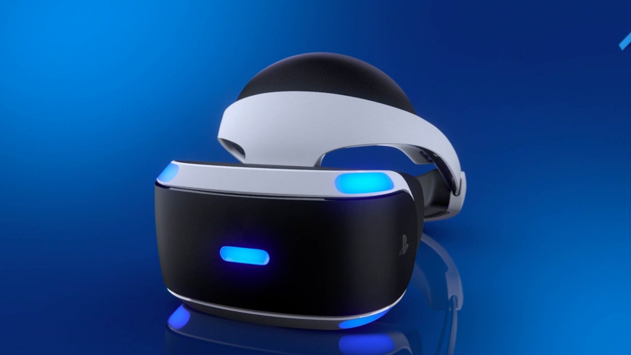 P&O Cruises will roll out Sony PlayStation Virtual Reality consoles for guests to enjoy onboard from next year.