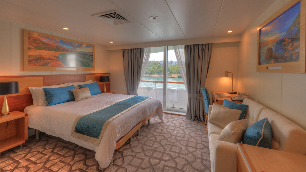 Coral Discoverer is the only member of the fleet fitted with private balconies on some upper-deck rooms.