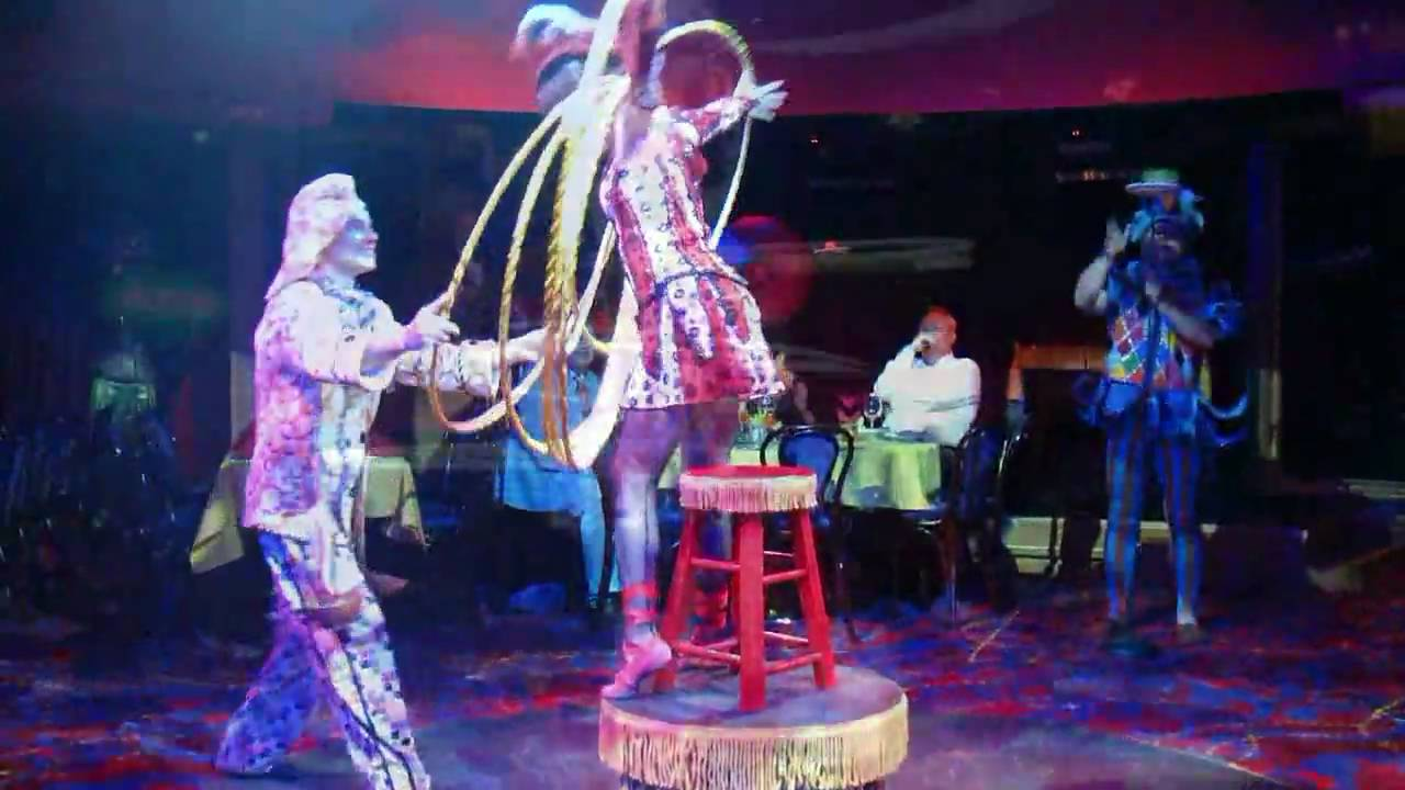 Cirque Dreams performers are immensely talented and will leave diners in awe at their antics.
