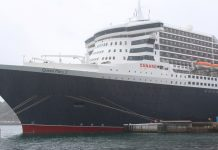 Cunard's Queen Mary 2 in Sydney Harbour in 2017